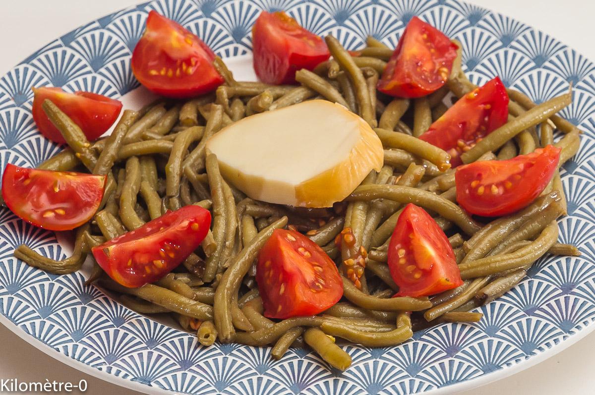 Salade de haricots verts aux tomates et à la scamorza | Kilometre-0.fr