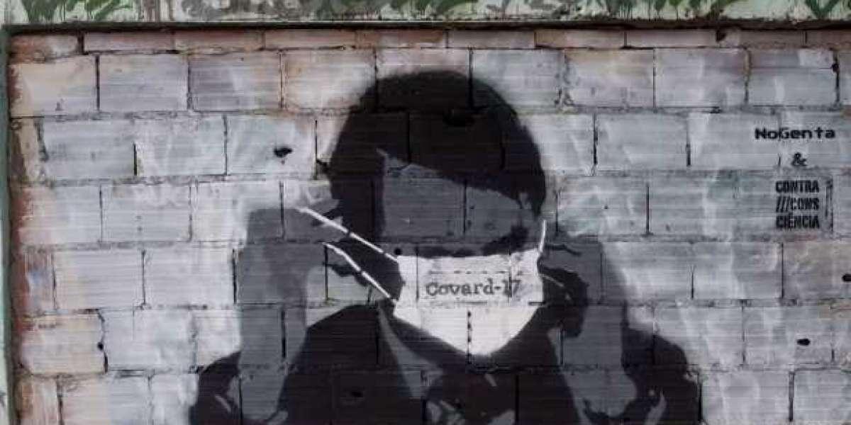 Коронавирус, друг диктатуры? Кризис приносит пользу сильным